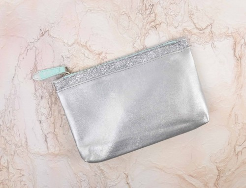 Ipsy Glam Bag – Snow Globe – Décembre 2017