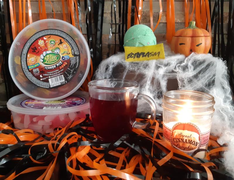 selection bougie the bonbons bain lush halloween