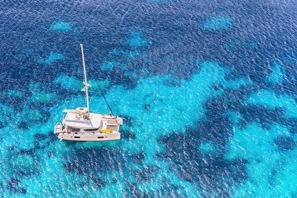 catamaran balade en mer
